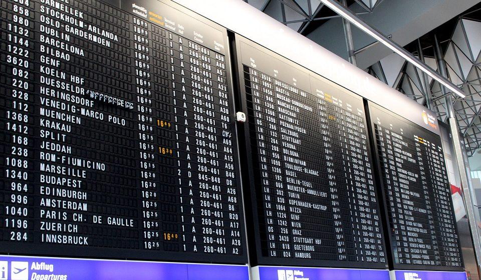 El 36% de los estudiantes planea marcharse pronto de España