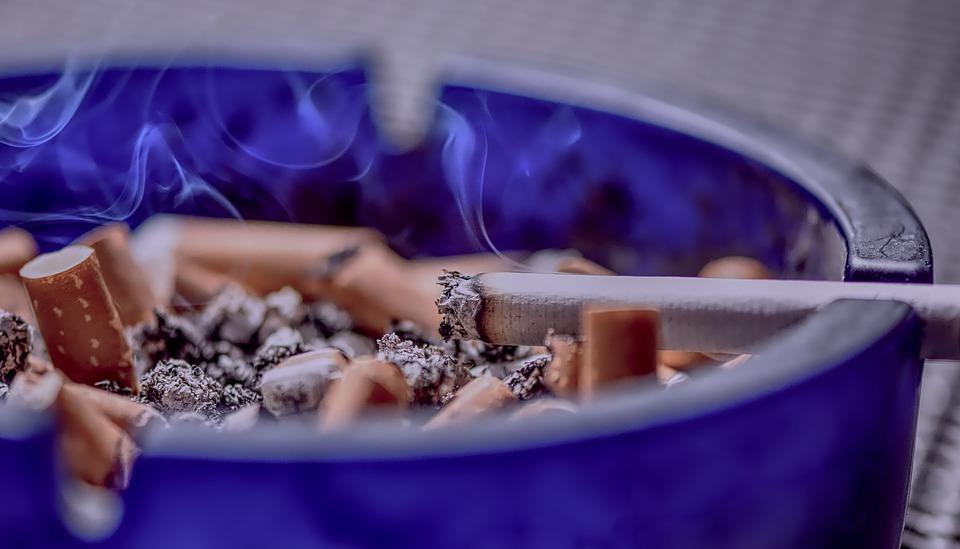 Punset y el cáncer de pulmón: los síntomas para detectar el cáncer más letal