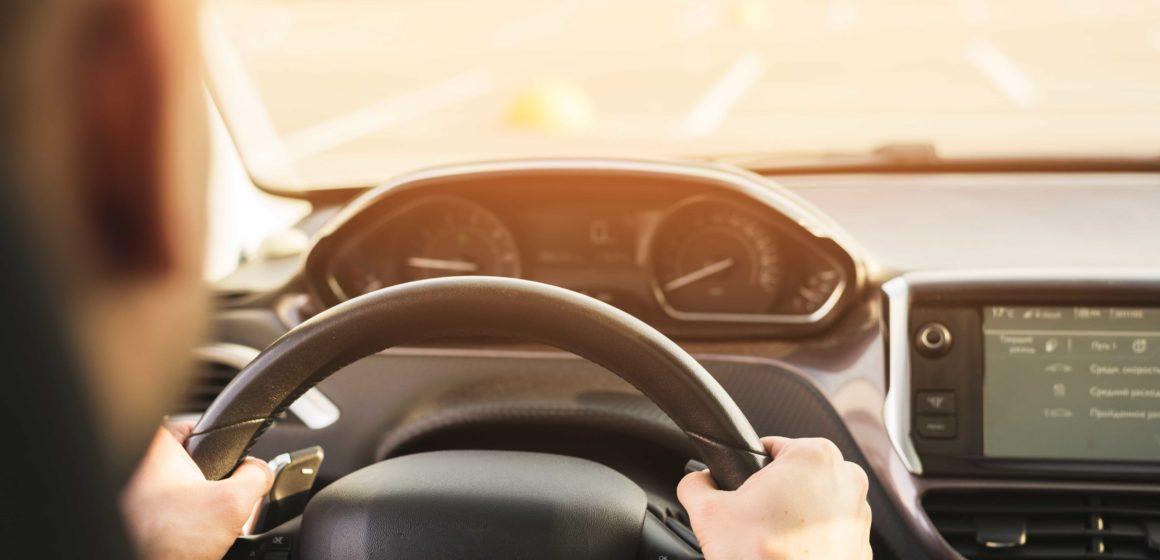 El 25% de los jóvenes españoles nunca se ha realizado un examen visual antes de ponerse al volante