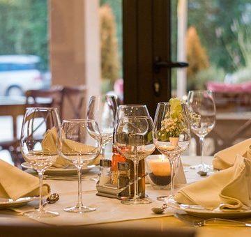 'Solo adultos' en restaurantes, ¿discriminación o estrategia comercial?
