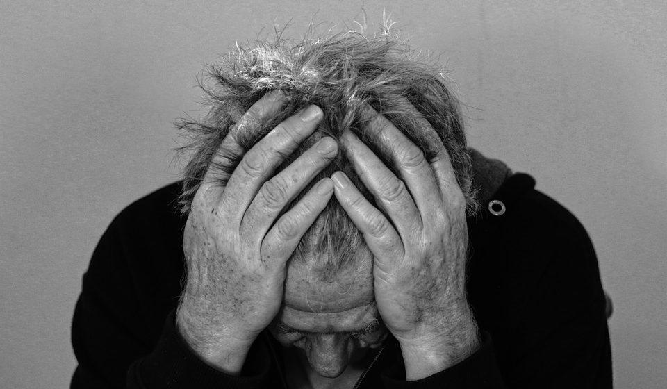 EL 75% DE LOS NEURÓLOGOS QUE ATIENDEN DOLORES DE CABEZA SUPRIMIERON SU ACTIVIDAD PRESENCIAL DURANTE LA PANDEMIA