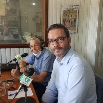 EL ALCALDE DE PALMA, JOSÉ HILA VISITA LOS ESTUDIOS DE RADIO BALEAR